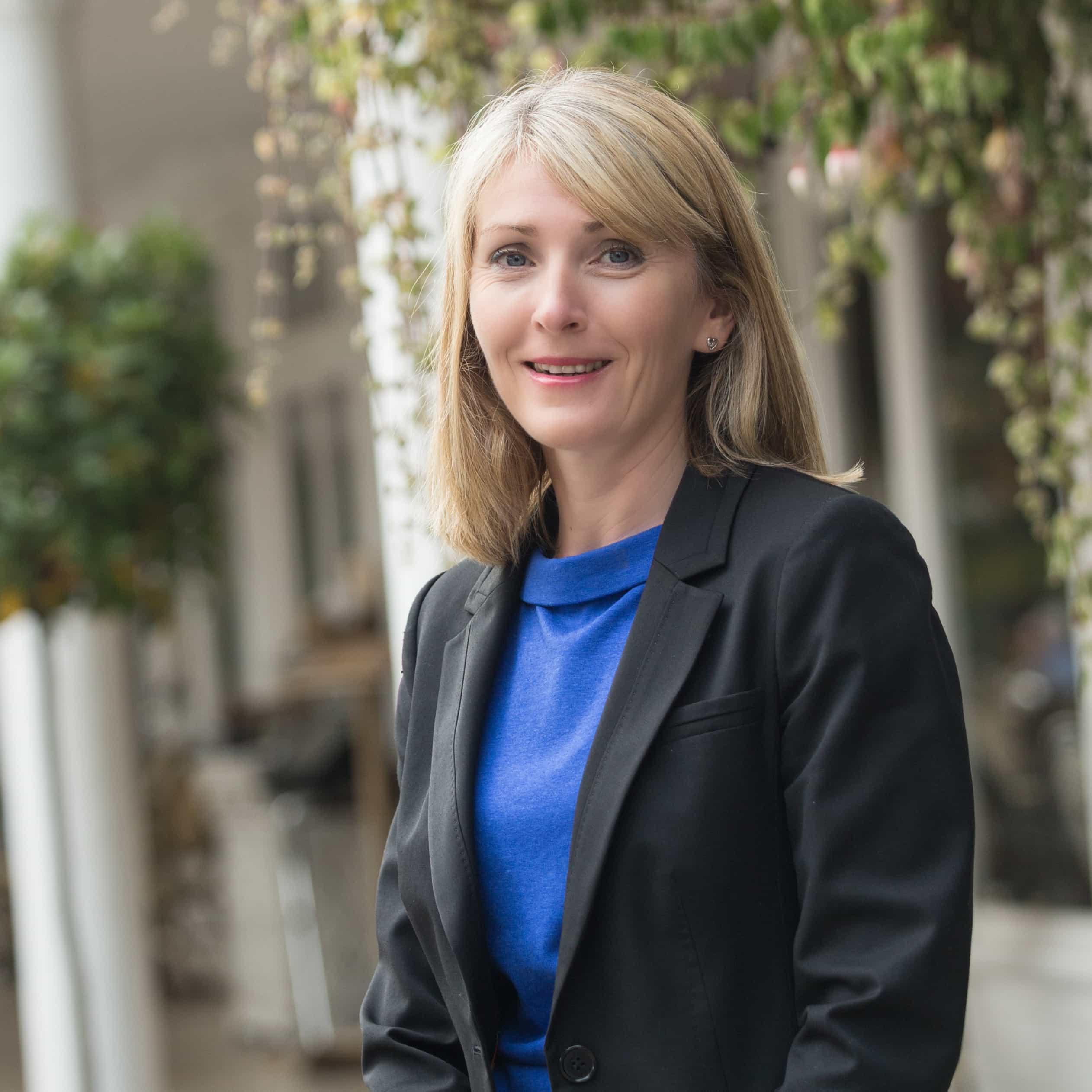 Julie Nicholds